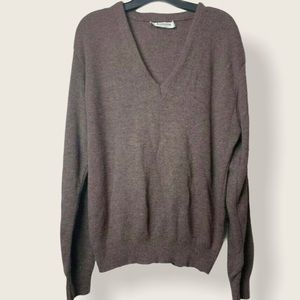 Men's Jantzen V-neck pullover sweater